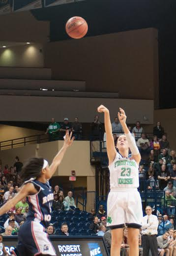 Sophomore guard Michaela Mabrey puts up a shot in Notre Dame's first-round victory over Robert Morris in the NCAA tournament on Saturday.
