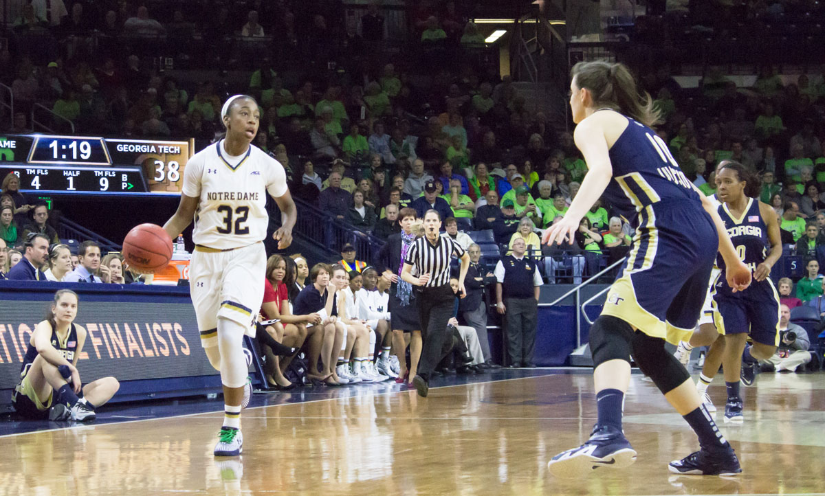 Irish junior guard Jewell Loyd dribbles the ball upcourt during Notre Dame's 89-76 victory against Georgia Tech on Thursday at Purcell Pavilion.