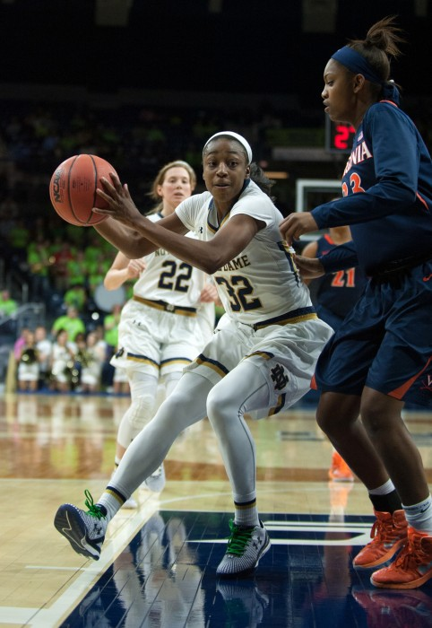 Irish junior guard Jewell Loyd drives during Notre Dame's 75-54 win over Virginia on Thursday at Purcell Pavilion.