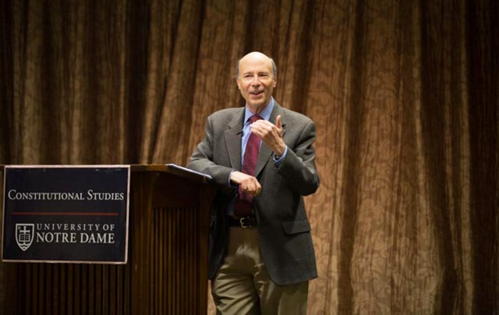 Mark Blitz, Claremont McKenna professor and former federal government administrator, speaks about the effects modern institutions have on personal liberties during a lecture in Geddes Hall on Monday.