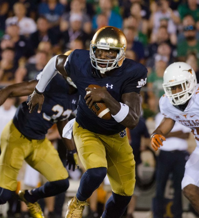 Irish junior quarterback Malik Zaire runs downfield during Notre Dame's 38-3 win over Texas on Saturday.