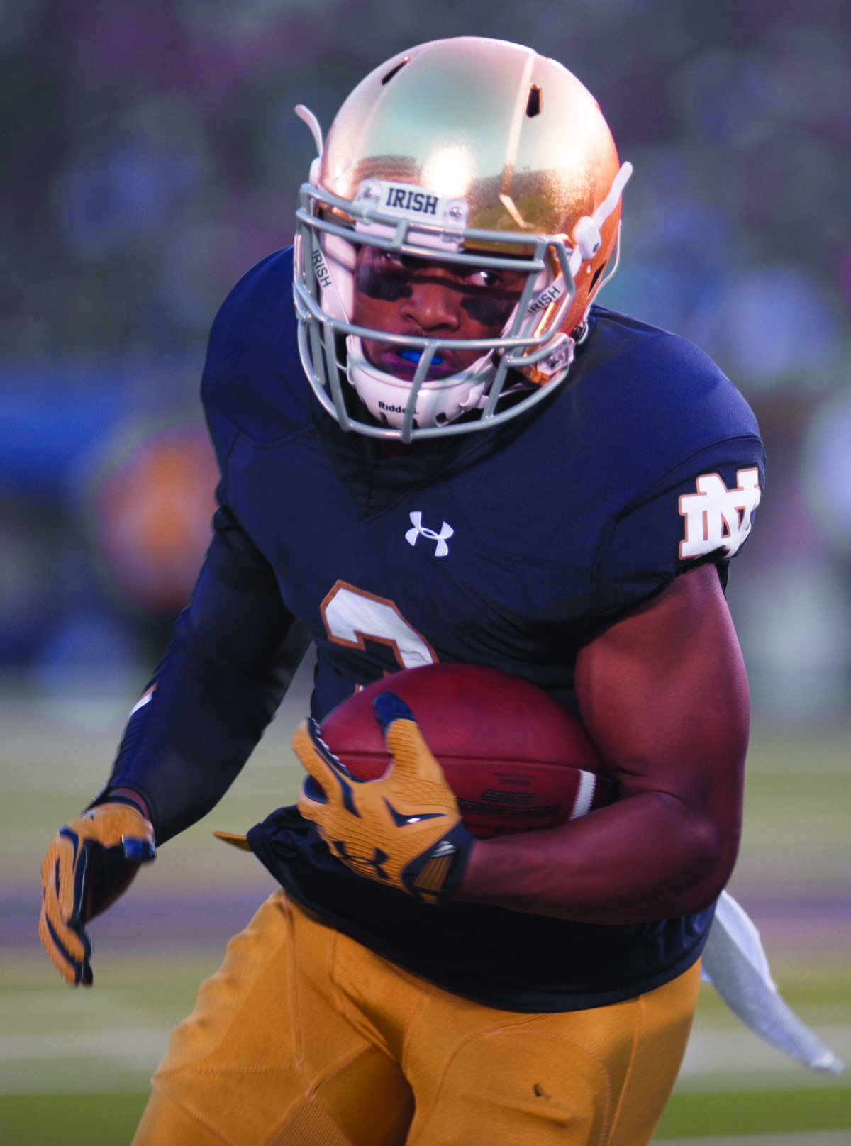 Irish graduate student receiver Amir Carlisle carries the ball during Notre Dame's 38-7 win over Texas at Notre Dame Stadium on Sept. 5.