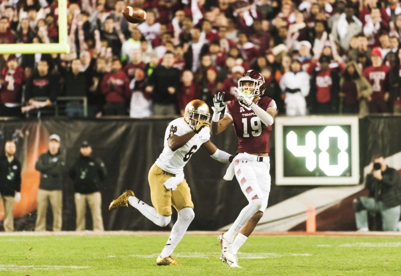 Irish senior cornerback KeiVarae Russell covers Temple redshirt senior receiver Robby Anderson during Notre Dame's 24-20 win last Saturday. Russell recorded a game-sealing interception in the fourth quarter.
