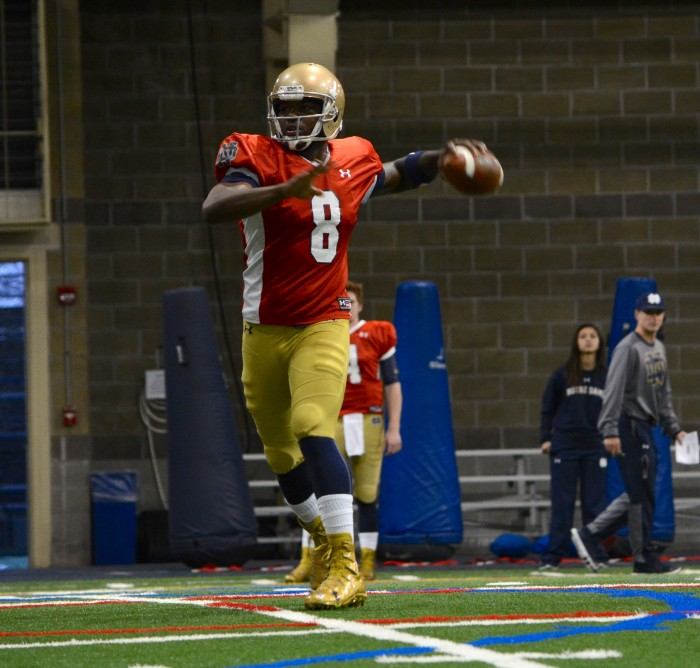 Irish senior quarterback Malik Zaire scrambles during spring practice.