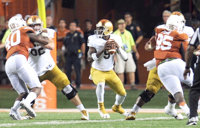 Irish senior quarterback Malik Zaire drop back to throw in Notre Dame's 50-47 loss to Texas on Sunday.