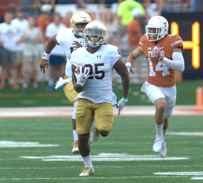 Irish senior running back Tarean Folston runs downfield during Notre Dame's 50-47 loss to Texas on Sunday.