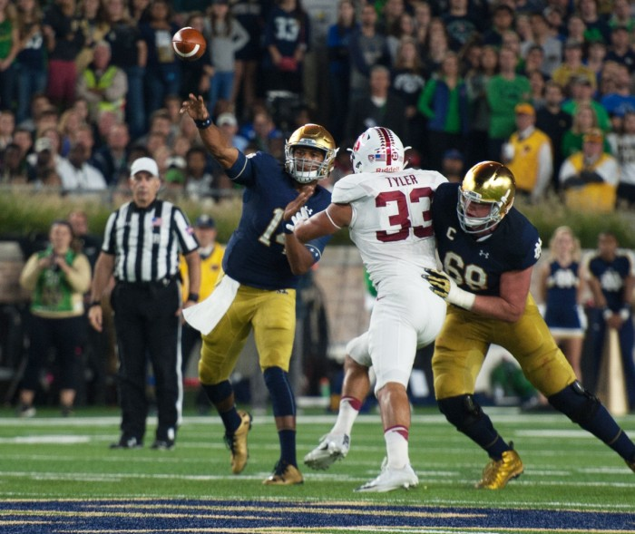 Irish junior quarterback DeShone Kizer throws a pass during Notre Dame's 17-10 loss to Stanford on Saturday.