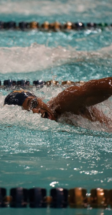 Irish sophomore Tabahn Afrik swims the 100-meter freestyle on Oct. 28 at Rolfs Aquatic Center. Afrik placed first in the race.