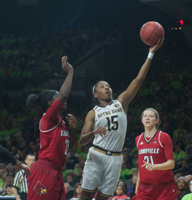 Irish senior guard Lindsay Allen goes up for a layup during Notre Dame's 85-66 win over Louisville on Monday at Purcell Pavilion.