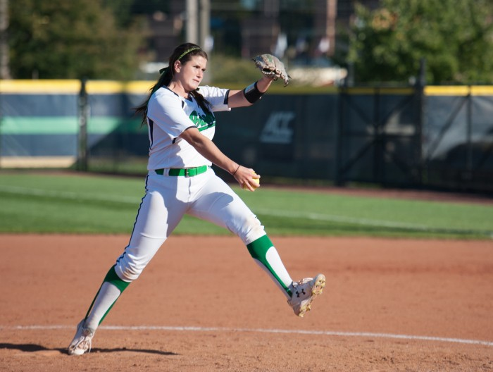 Irish senior pitcher Rachel Nasland tosses a pitch during Notre Dame's exhibition game against Illinois State on Oct. 9.