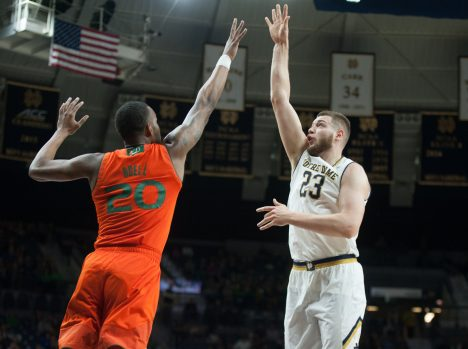 Irish come up short down stretch, fall to Hurricanes